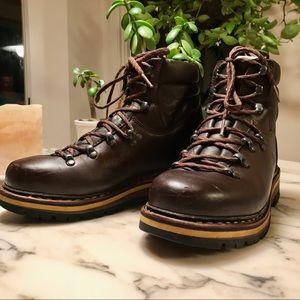 a75a0d87313 Hanwag Grunten Boots. LOWEST